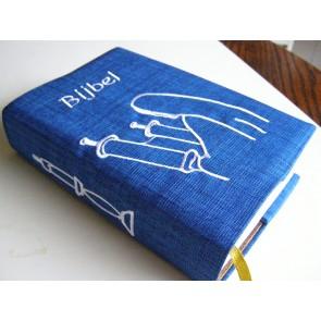 Hoes Handbijbel 12x18 blauw met Boekrol en Kaars wit Messiaan H-1218017